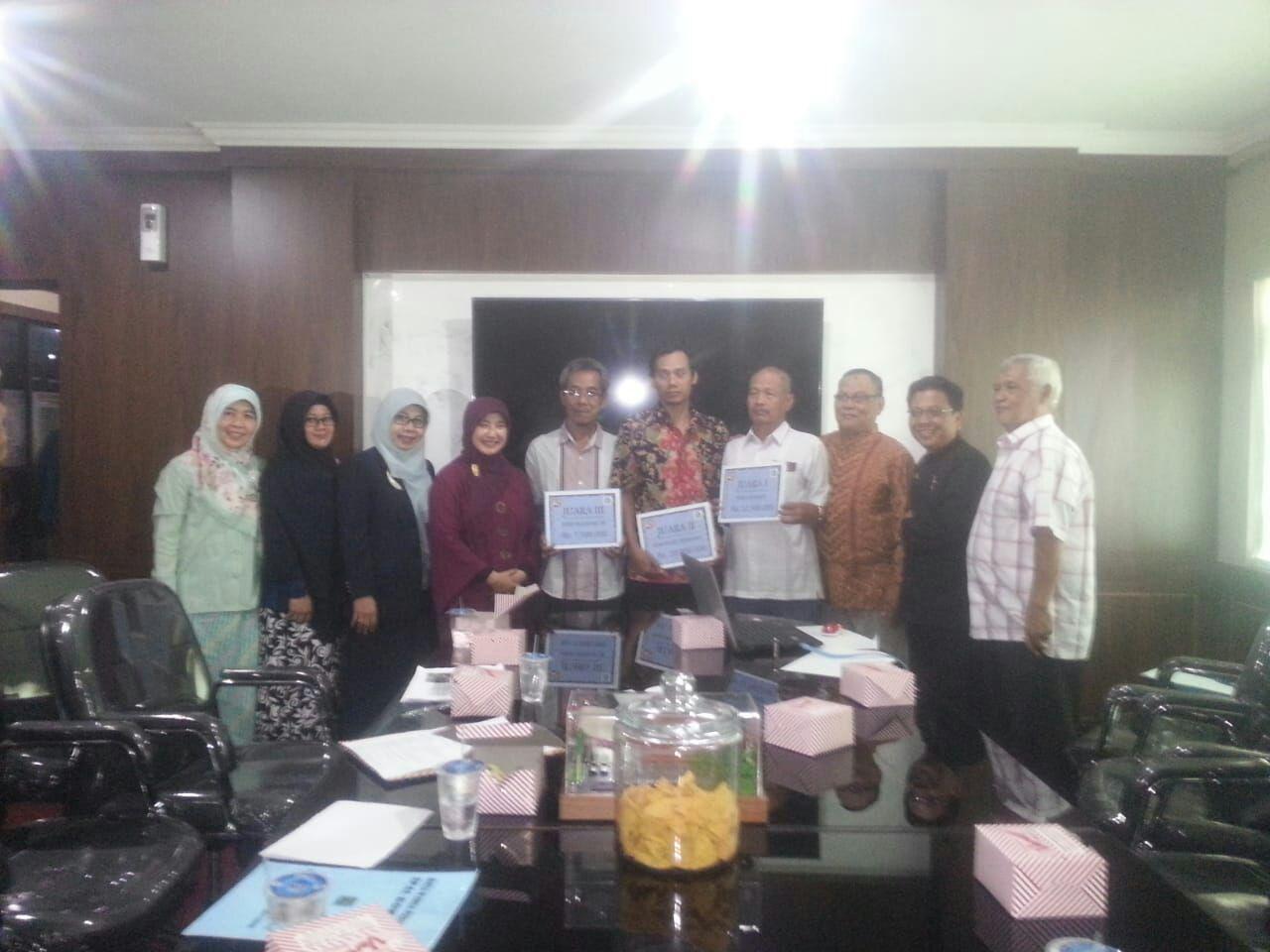 Penyerahan hadiah Sanitasi Award 2018 Kota Bogor