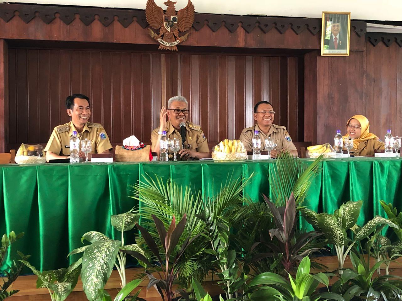 Pemkot Jakarta Utara Kaji Solusi Penataan Kolong Tol Pademangan
