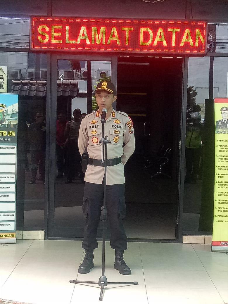 Adakan Kirab Budaya, Polsek Metro Tamansari Gelar Pengamanan Pasukan