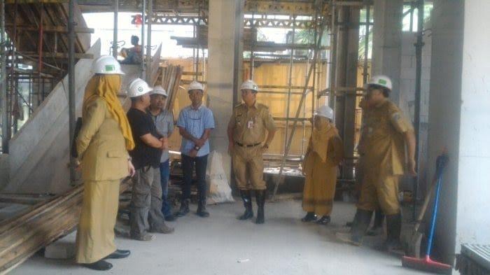 Wakil Wali Kota Jakarta Utara Tinjau Pembangunan Kantor Kecamatan Tanjung Priok