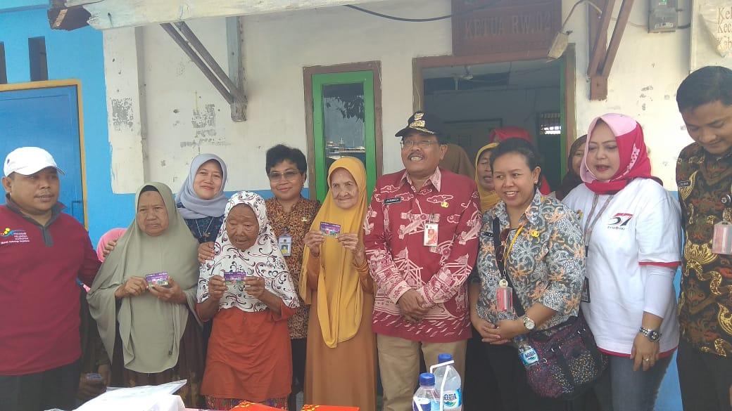 56 Lansia Di Kepulauan Seribu Mendapatkan KLJ