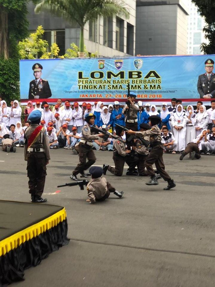 Pocil Polsek Kebun Jeruk Mendapatkan Penghormatan Di Polda Metro Jaya