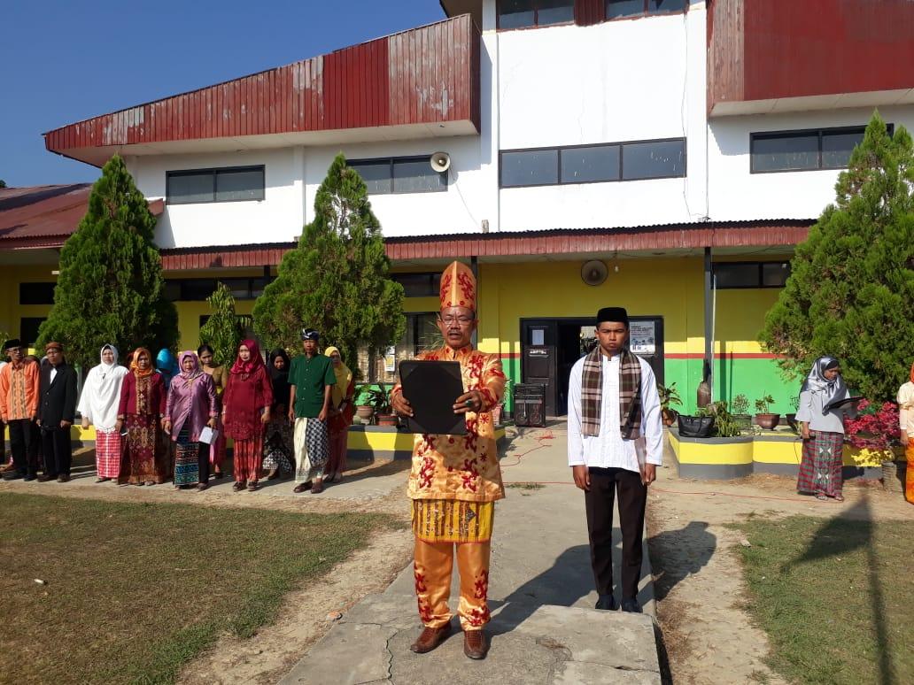 Peringati Hari Sumpah Pemuda 4 Sekolah Gunakan Baju Adat Padati Jalan Protokol