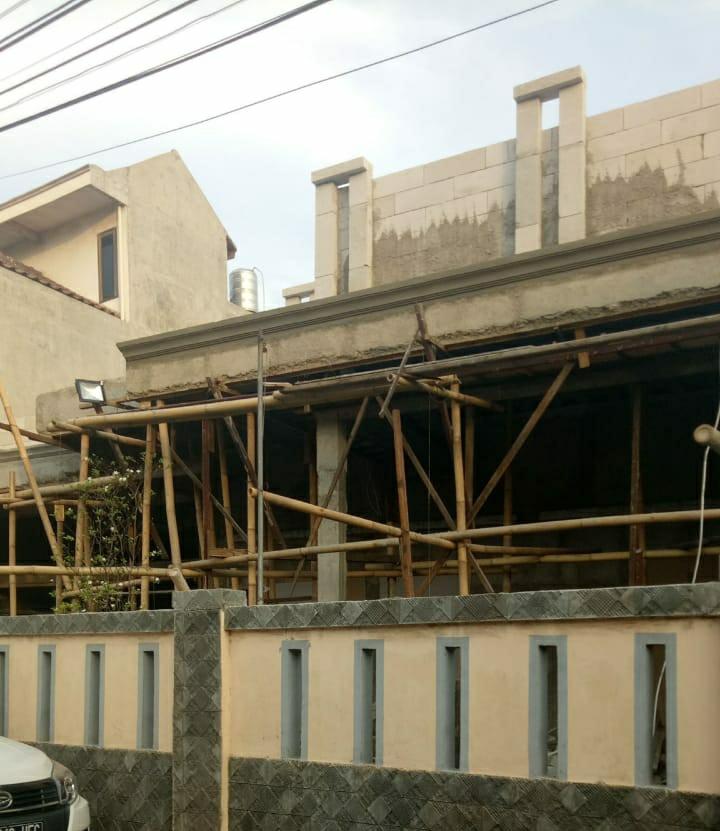Pemilik Bangunan Di Cilincing, Cueki Segel IMB Sudin Citata