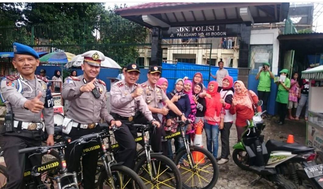 Kapolres Pantau Lalin, Dengan Gowes Bersama Anggota Polresta Bogor Kota