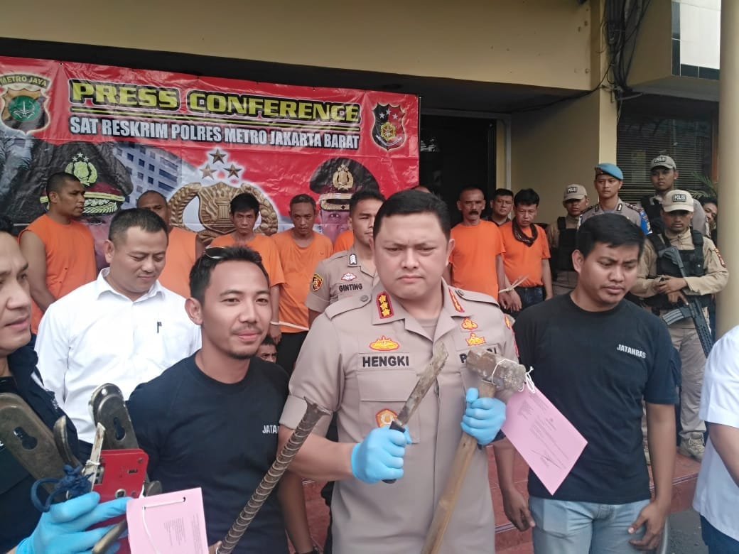 Kapolres Jakarta Barat Ungkap Penangkapan 23 Orang Preman Kuasai Lahan Kosong