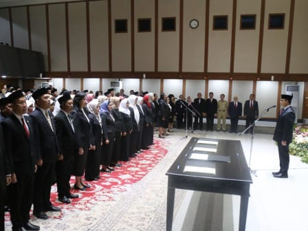 Gubernur DKI Lantik 225 Pejabat Eselon III Dan IV