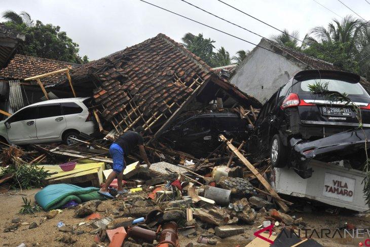 Jumlah Korban Meninggal Tsunami Di Banten 176 orang Dan 509 Orang Mengalami Luka-luka