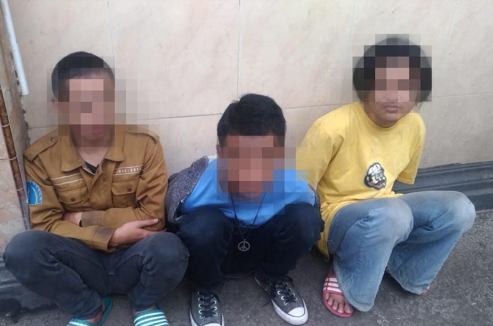 Dibubarkan Tim Pemburu Preman Polres Metro Jakarta Barat, Tiga Pelaku Tawuran Di Amankan
