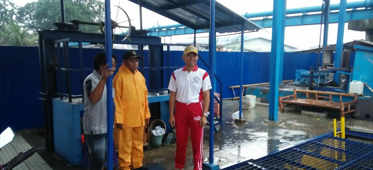 Camat Cilincing Pantauan Pintu Air Antisipasi Banjir