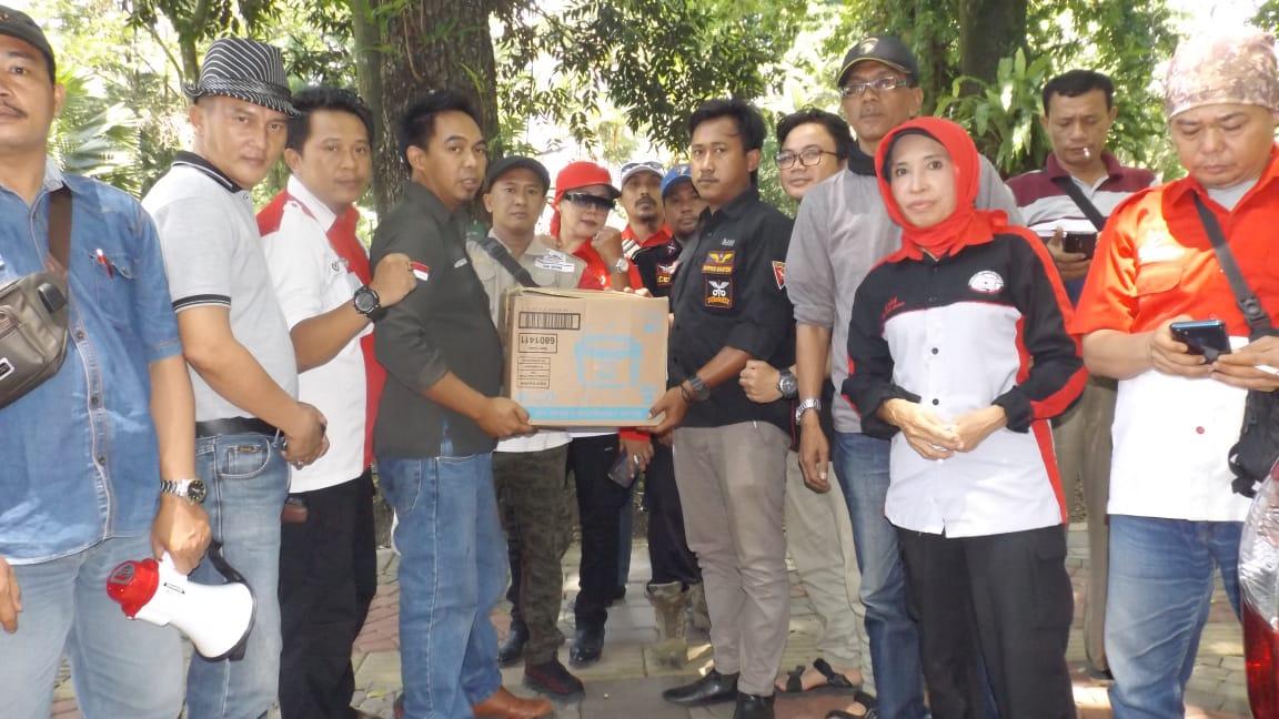 Posko Kemanusiaan, PWRI Bogor Menerima Bantuan Dari BPPKB Ranting Keradenan