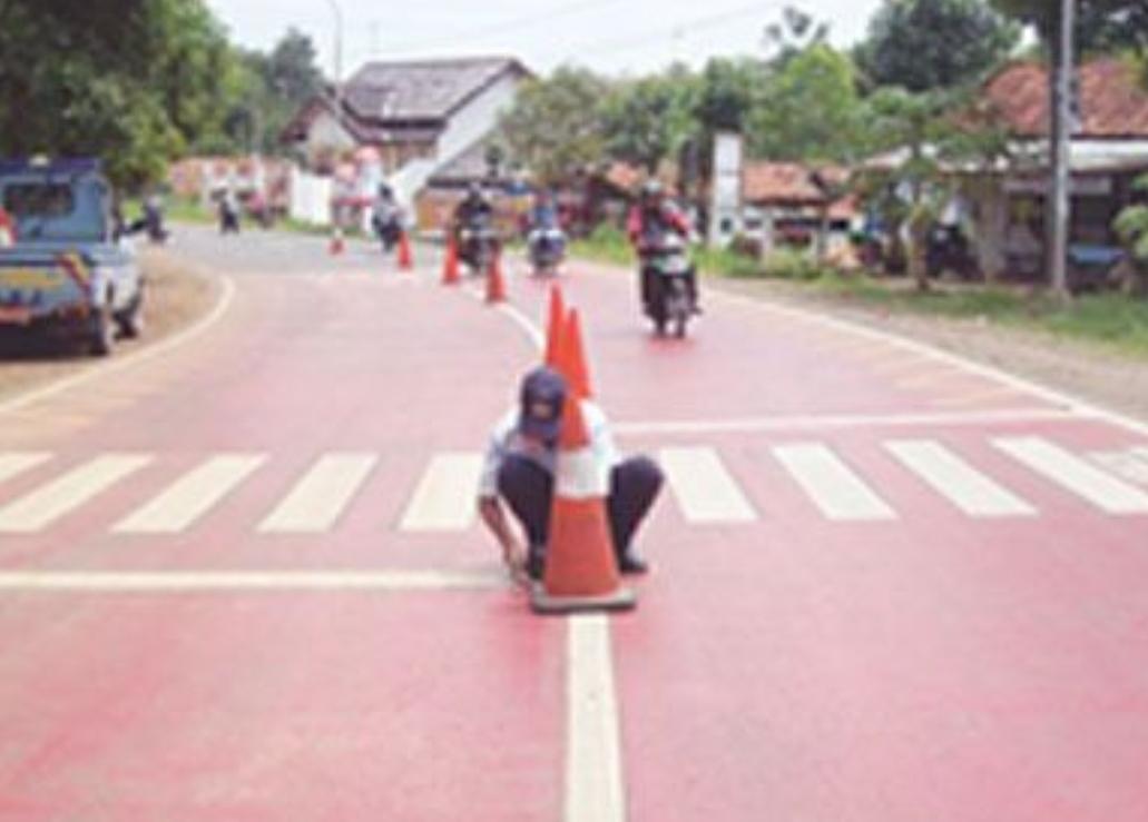 Zebra Cross – Jalur Penyeberangan Jalan di Perlukan Sekolah