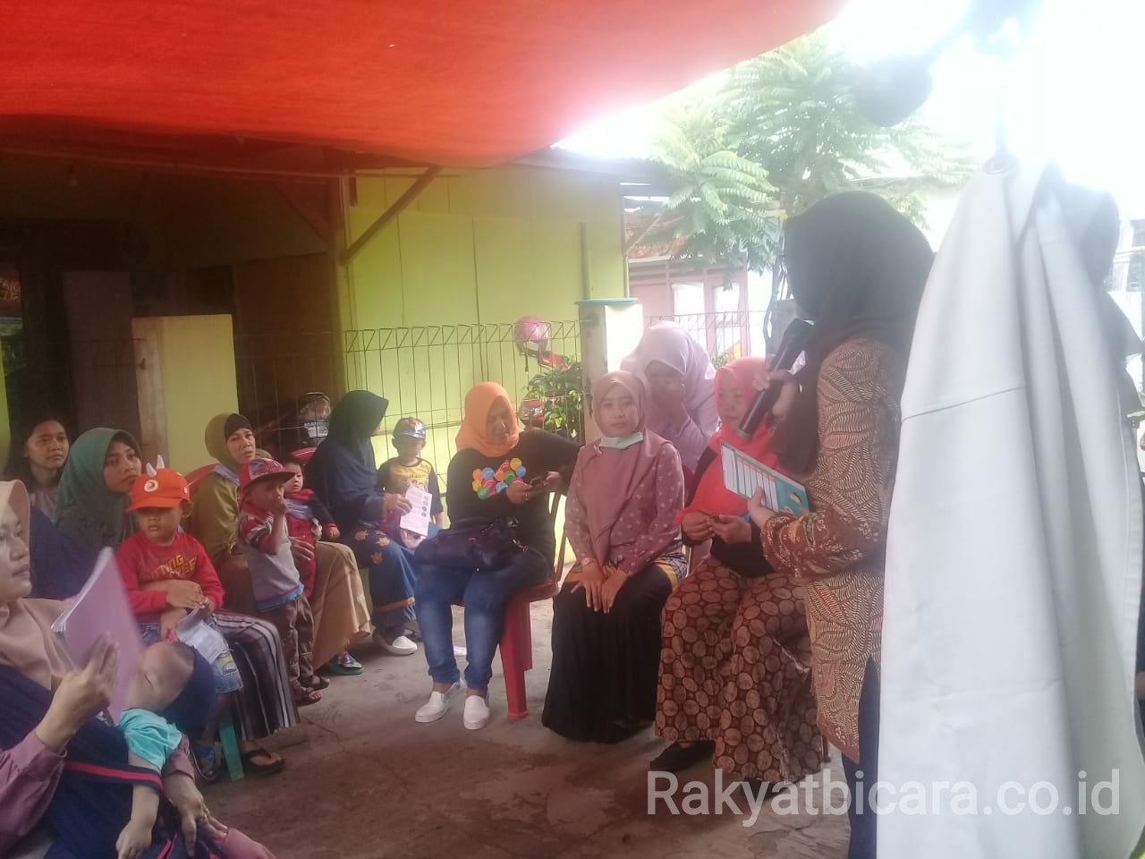 Program BKKBN Kabupaten Bogor Disambut Warga Dengan Hangat