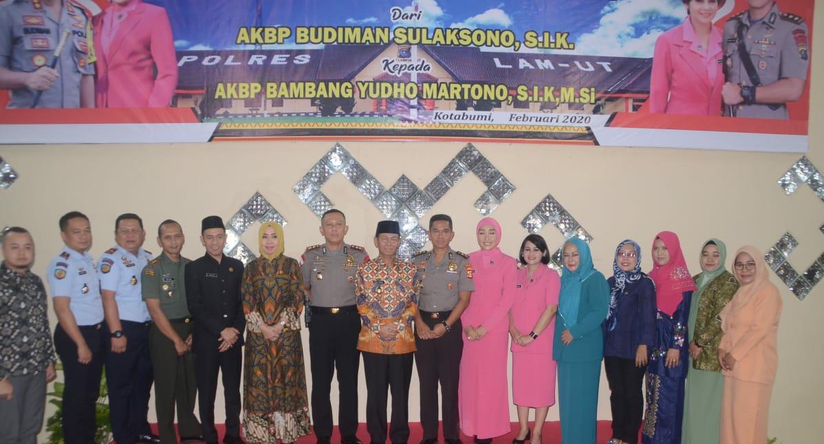 Bupati Lampura Menghadiri Pisah Sambut Kapolres Lampung Utara