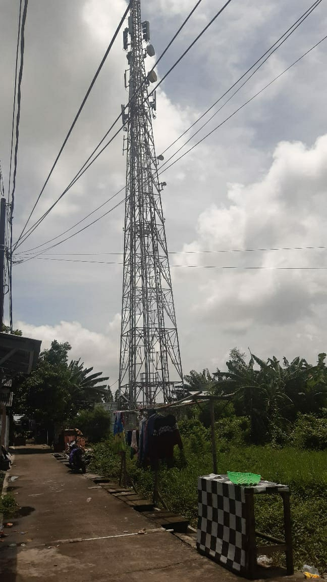 Menara BTS Sungai Kendal Di Keluhkan Warga Diduga Tak Ada Sosialisasi