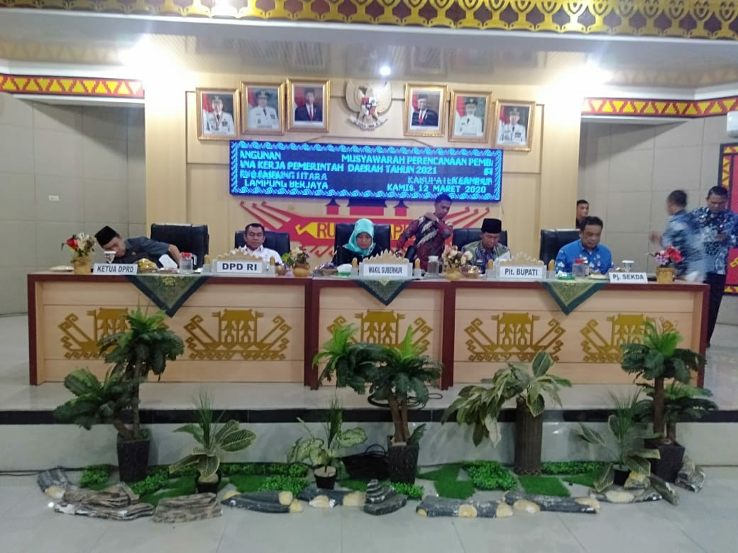 Bupati Lampura Membuka Musrenbang Rancangan Akhir RPJMK Kabupaten Lapura 2019-2024
