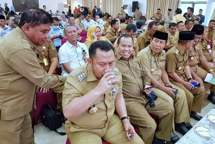 Bupati Meranti Ikuti Rakor Pembahasan Penanggulangan Penyebaran Covid-19 di Provinsi Riau