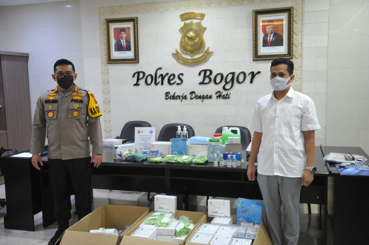 Polres Bogor Terima Rapid Test Covid-19 dari Yayasan Media Sosial Indonesia