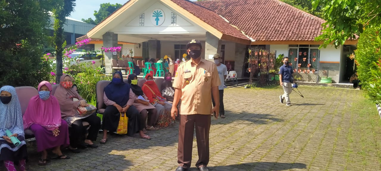 Pendataan Dan Pendaftaran ATM Mandiri Di Kelurahan Cibinong