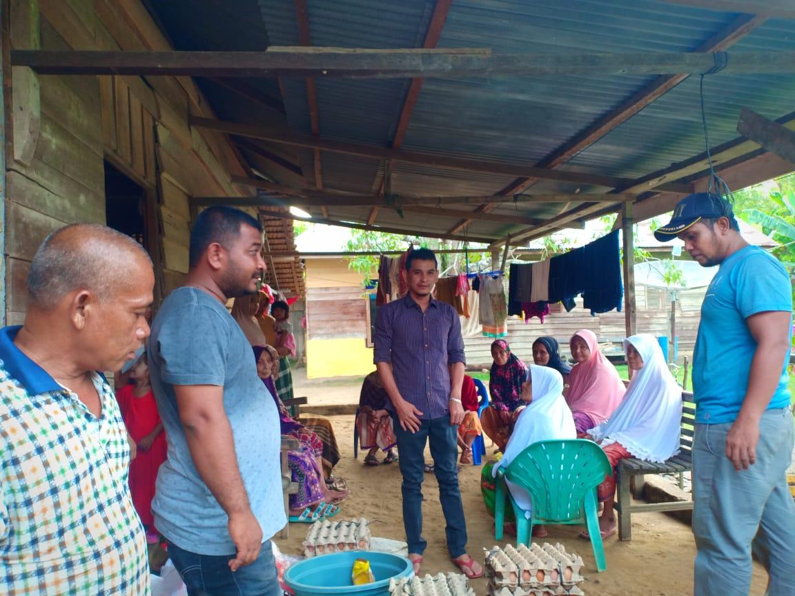 Amat Leumbeng Wakil Ketua Komisi C DPRK Aceh Timur Bertekad Terus Membantu Warga Kurang Mampu