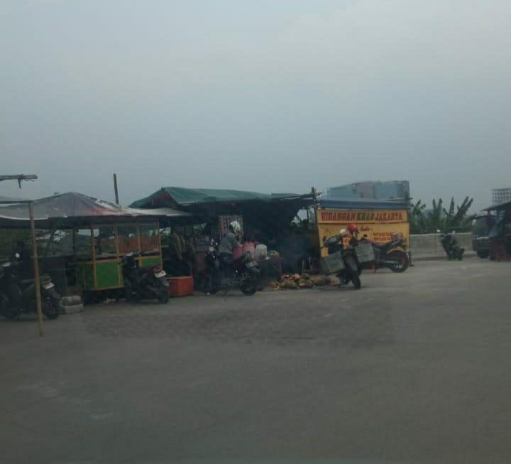 Usai Hari Raya Para PKL Bkt Rorotan Menjadi Marak di Trotoar dan Jalan