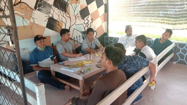FUAS Bedah Buku Ketika Pala Mulai Berbunga, Seraut Wajah Aceh Selatan Karya Sayed Mudhahar