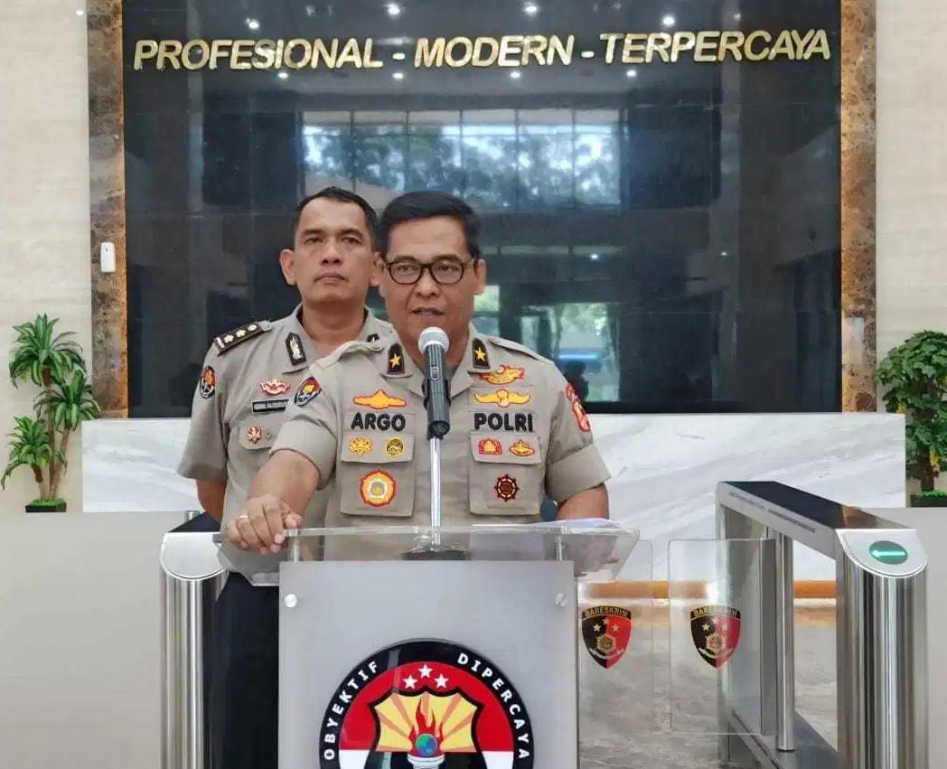 Memutus Mata Rantai Penularan COVID-19, Polri Tutup Pintu Masuk Arus Balik Menuju Jakarta