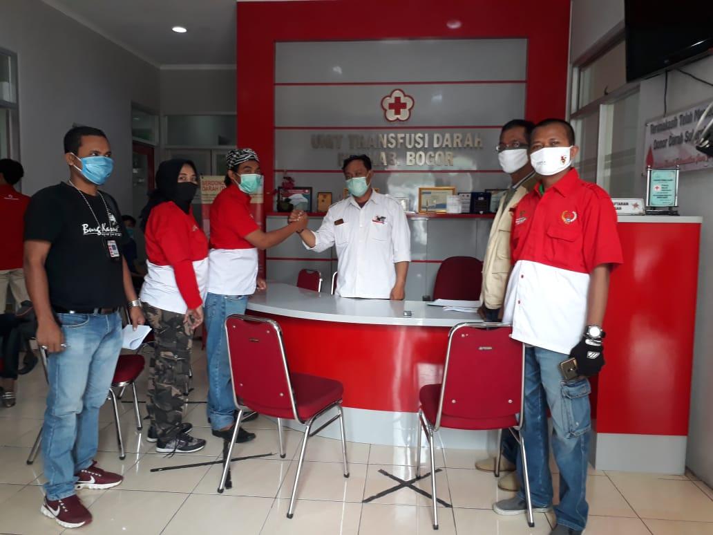 Gerakan Sosial Dalam Kemanusian PWRI Mendonor Di PMI