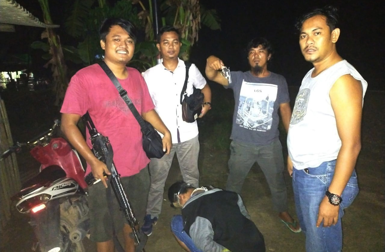 Polres Tulang Bawang Tangkap Pria Pembawa Senpi Llegal Berikut Amunisi Aktif