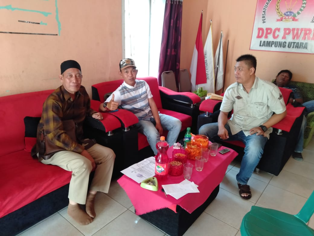 Dr. M.Yaman : Kasat Reskrim Lampura Terkesan Ada Permainan Di Balik Laporan Kepala Desa Abung Jayo