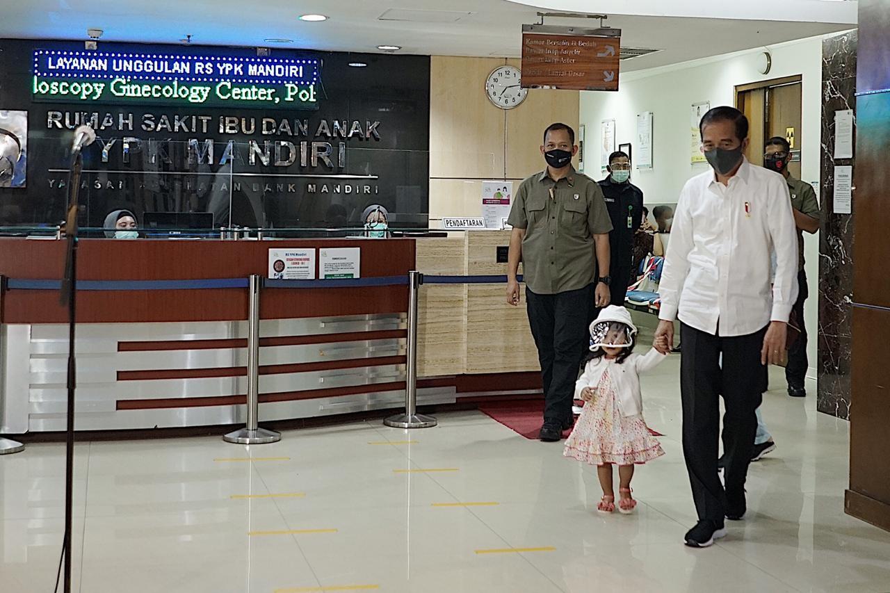 Cucu Laki-laki Jokowi Bertambah, Dari Pasangan Bobby Nasution dan Kahiyang Ayu