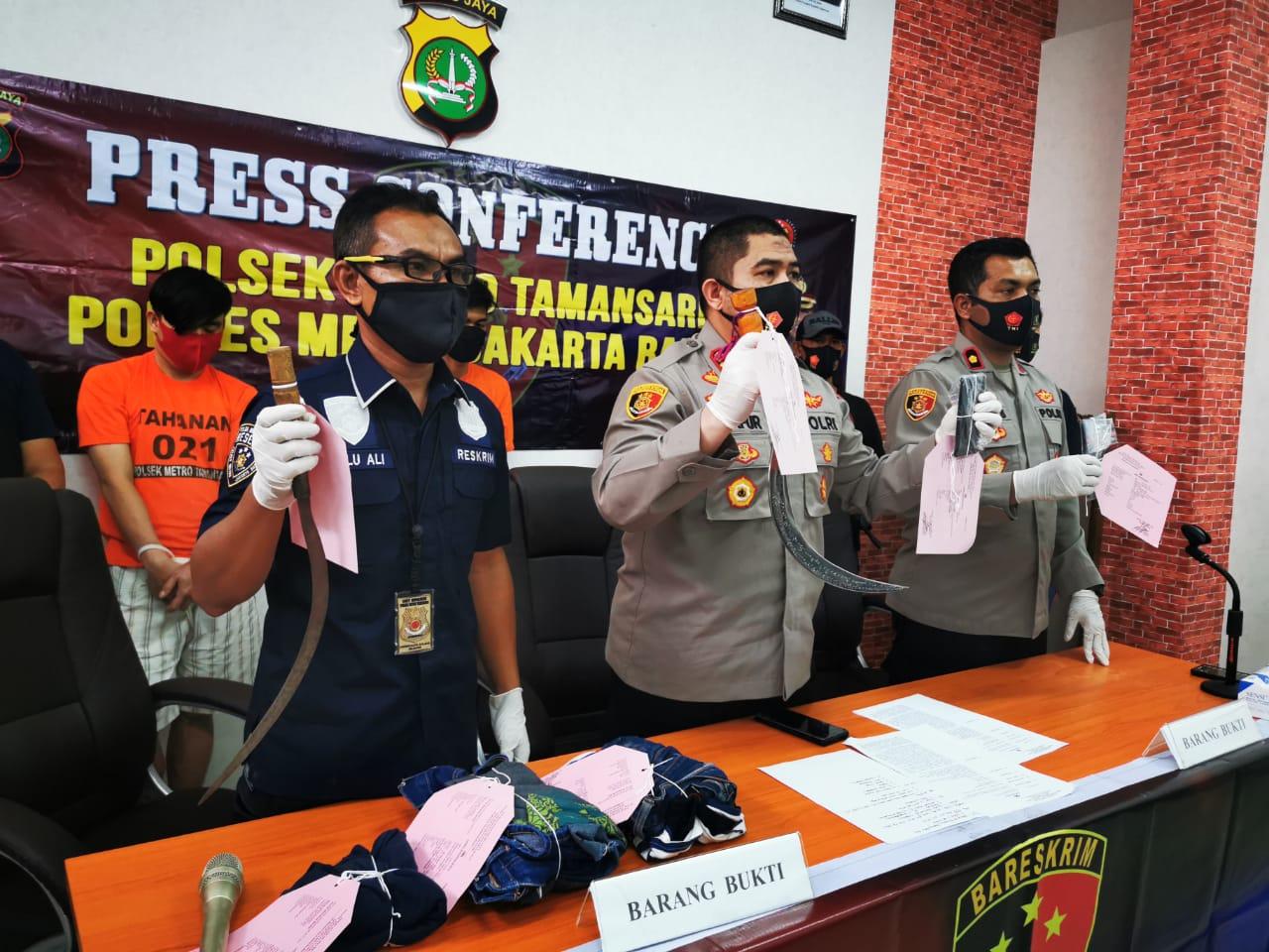 Tiga Dari Lima Pelaku Kelompok Perampasan Hp Berhasil Diringkus Polisi