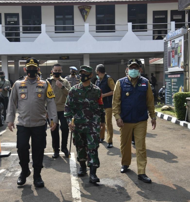Tekan laju Covid-19, Polres Bogor dan Dandim 0621 Backup Sat Pol PP Operasi Yustisi