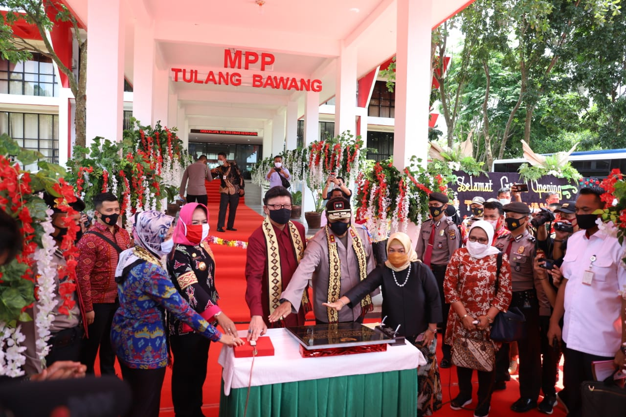 Mal Pelayanan Publik (MPP) DiresmikanMENPAN-RBBersama Bupati Tulang Bawang