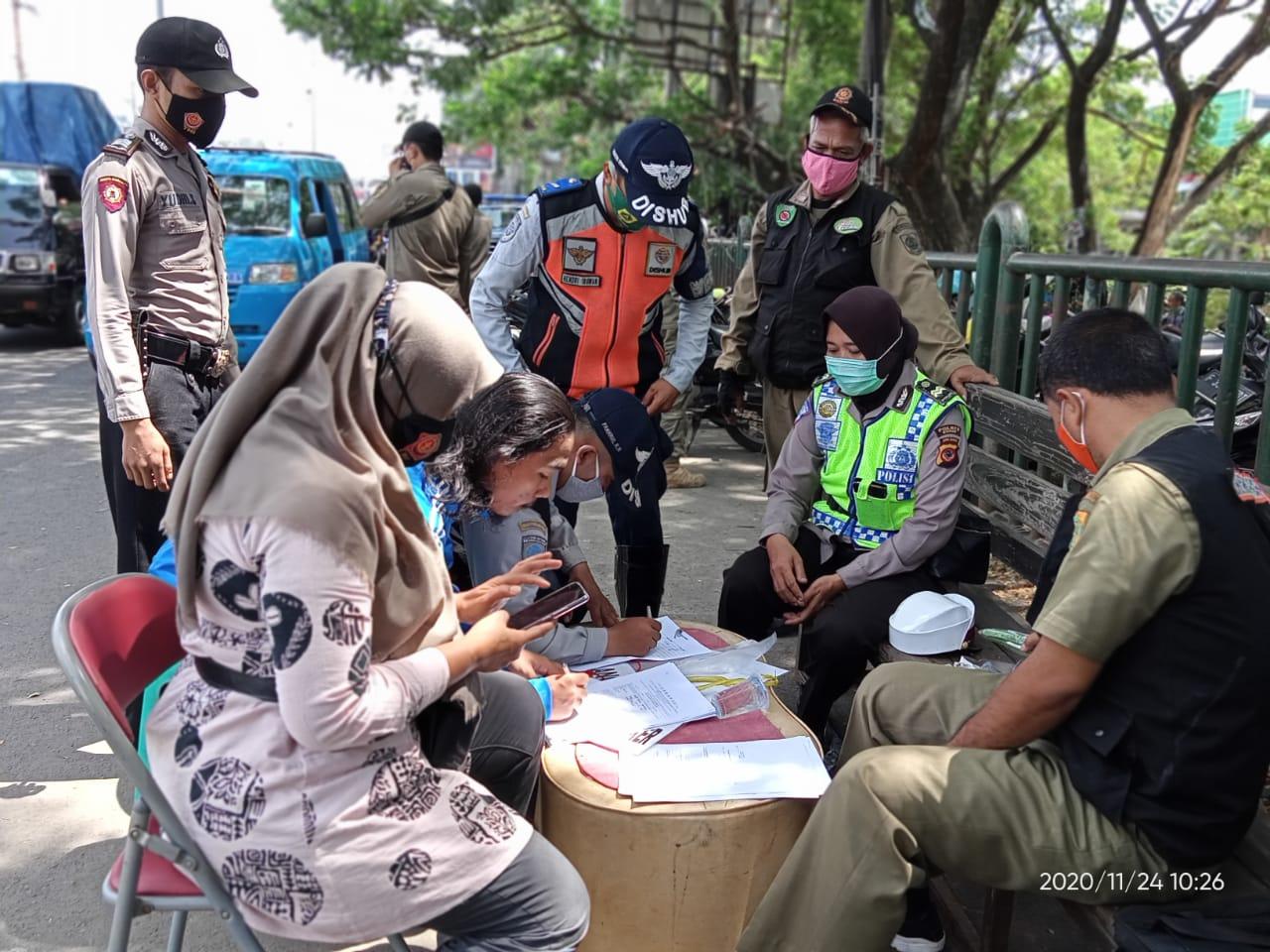 Sebanyak 200 Masyarakat Tertangkap Tidak Menggunakan Masker