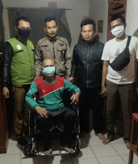 1 Thn Tak Dapat Berjalan Kini Apud Dapatkan Bantuan Kursi Roda Mitra Kerja TKSK