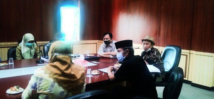 Tim Verifikasi Lapangan Lakukan Monev Penerapan Keterbukaan Informasi ke Diskominfo Kabupaten Bogor