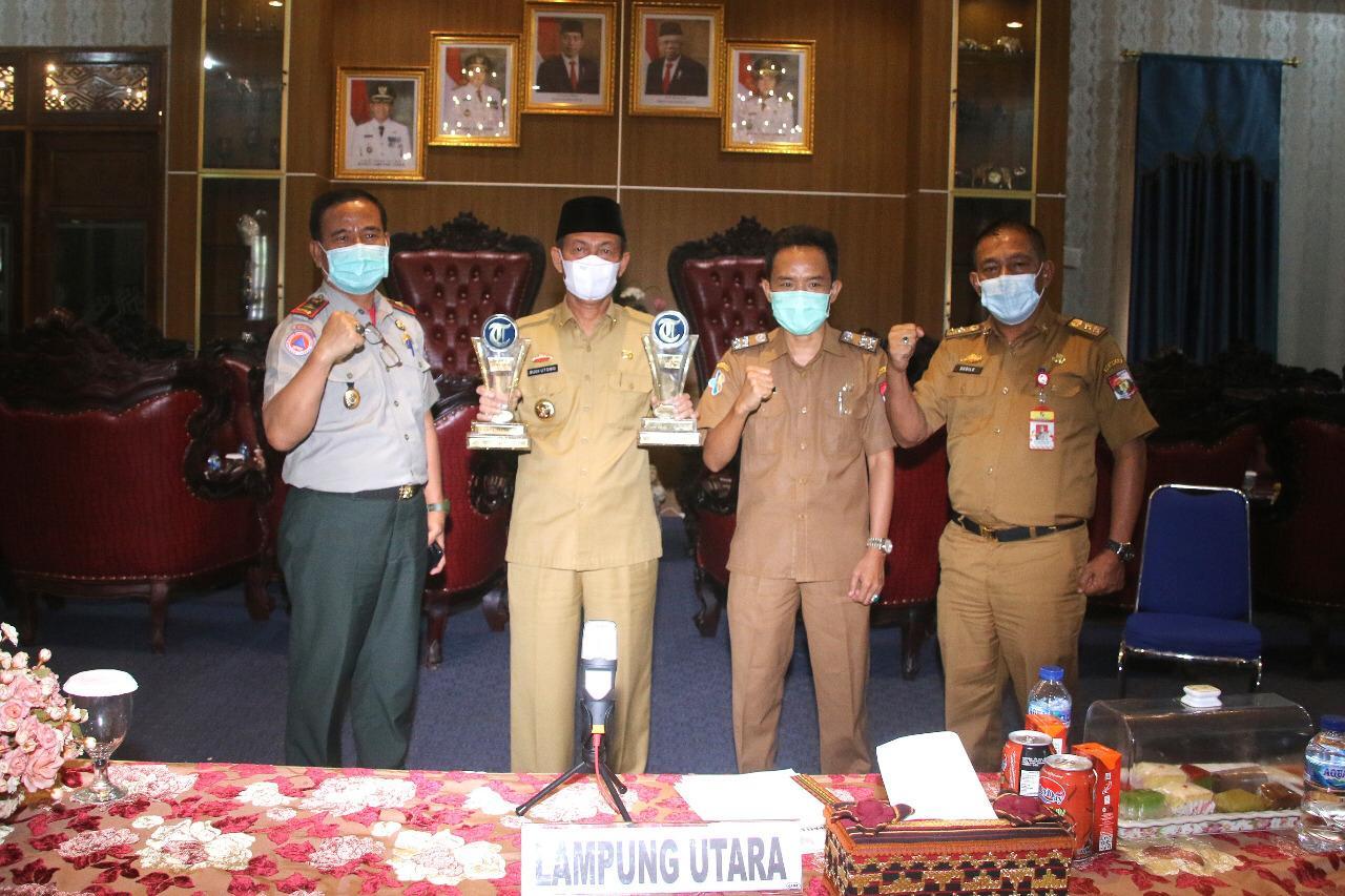 Bupati Lampung Utara Sabet Dua Penghargaan Penanganan Covid-19