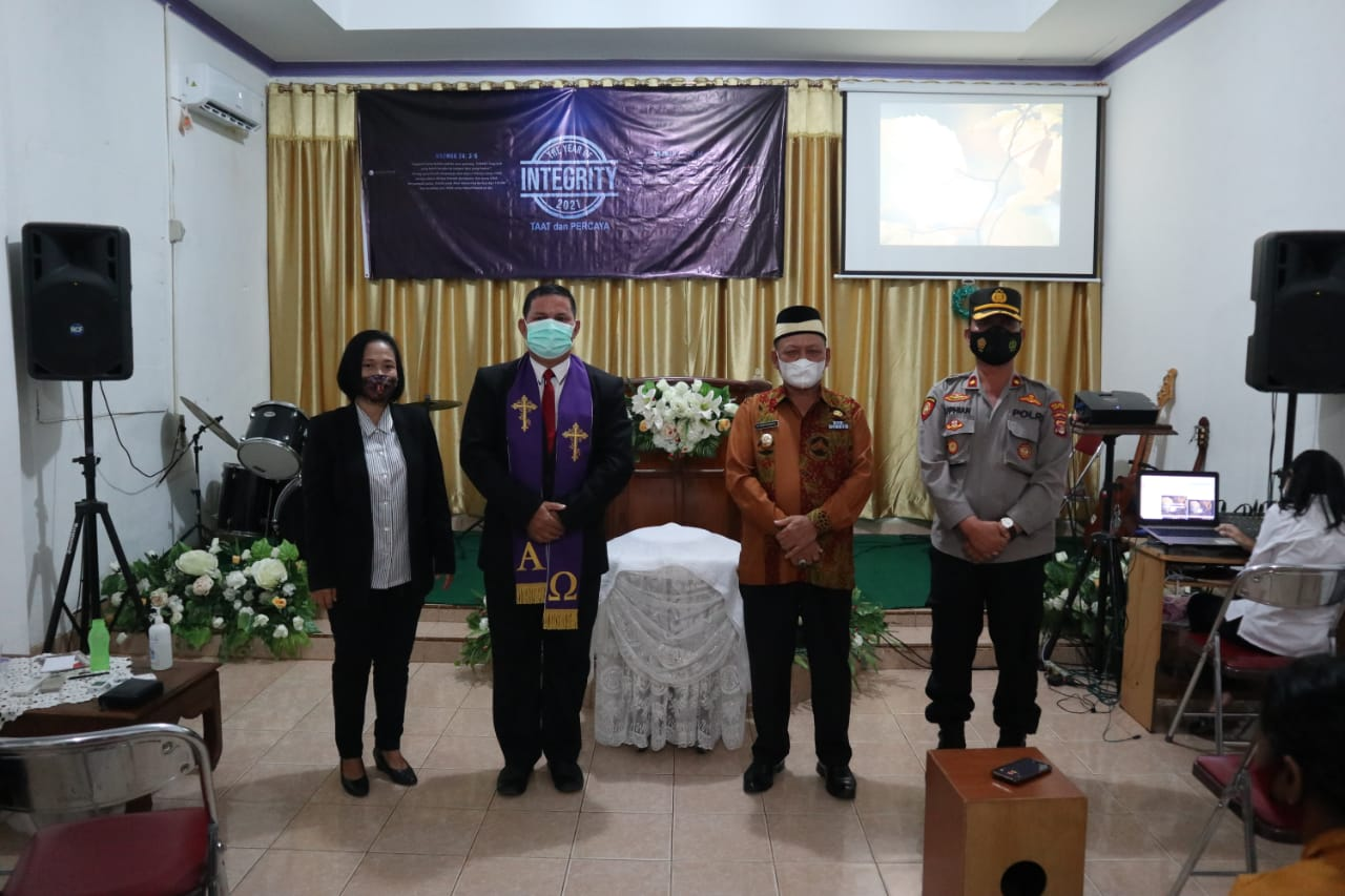 Demi Menjaga Kerukunan, Bupati Lampung Timur Kunjungi Gereja Bethel Indonesia Sukadana