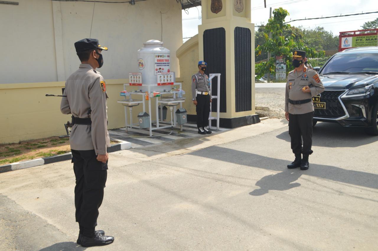 Kunker Ke Polres Tulang Bawang, Kapolda Lampung Berikan Reward Kepada Da'i Kamtibmas dan Kasat Reskrim