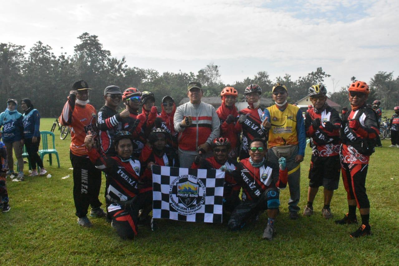 Wakil Bupati Lampung Timur Gowes Bareng Komunitas Sekampung Udik