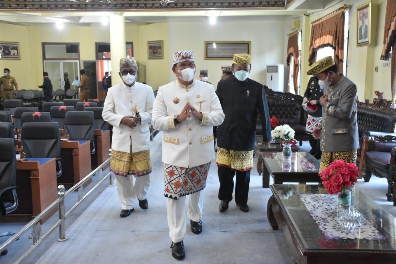 Rapat Paripurna Istimewa DPRD Dihadiri Wakil Bupati