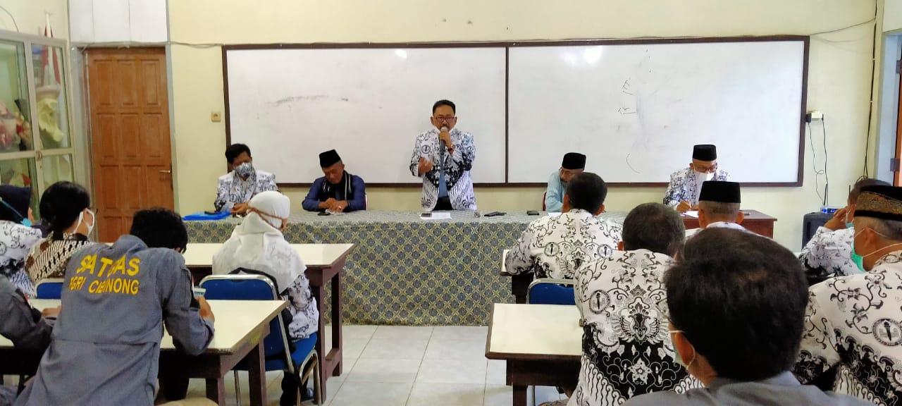 Bukber PGRI Cabang Kecamatan Cibinong & Penyerahan SK Ranting