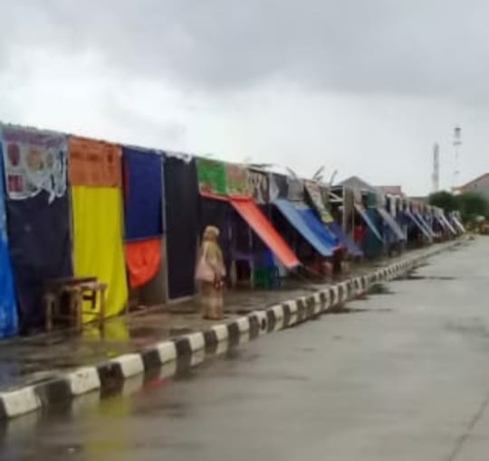 Bangunan Kios di Rusun Rorotan Diduga Tak Miliki IMB