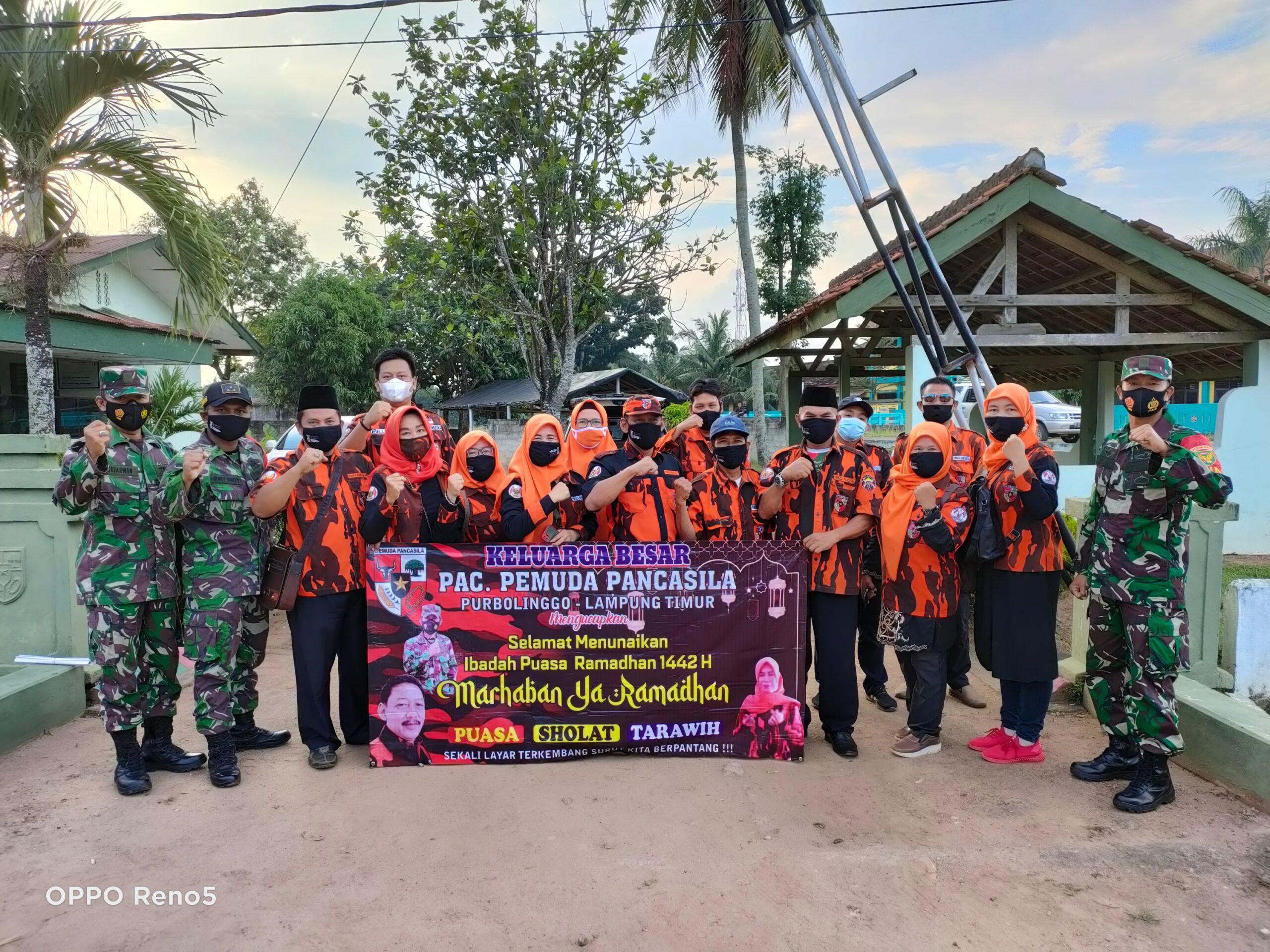 Kegiatan Bagi-bagi Takjil Sinergitas TNI – PAC PP Purbolinggo