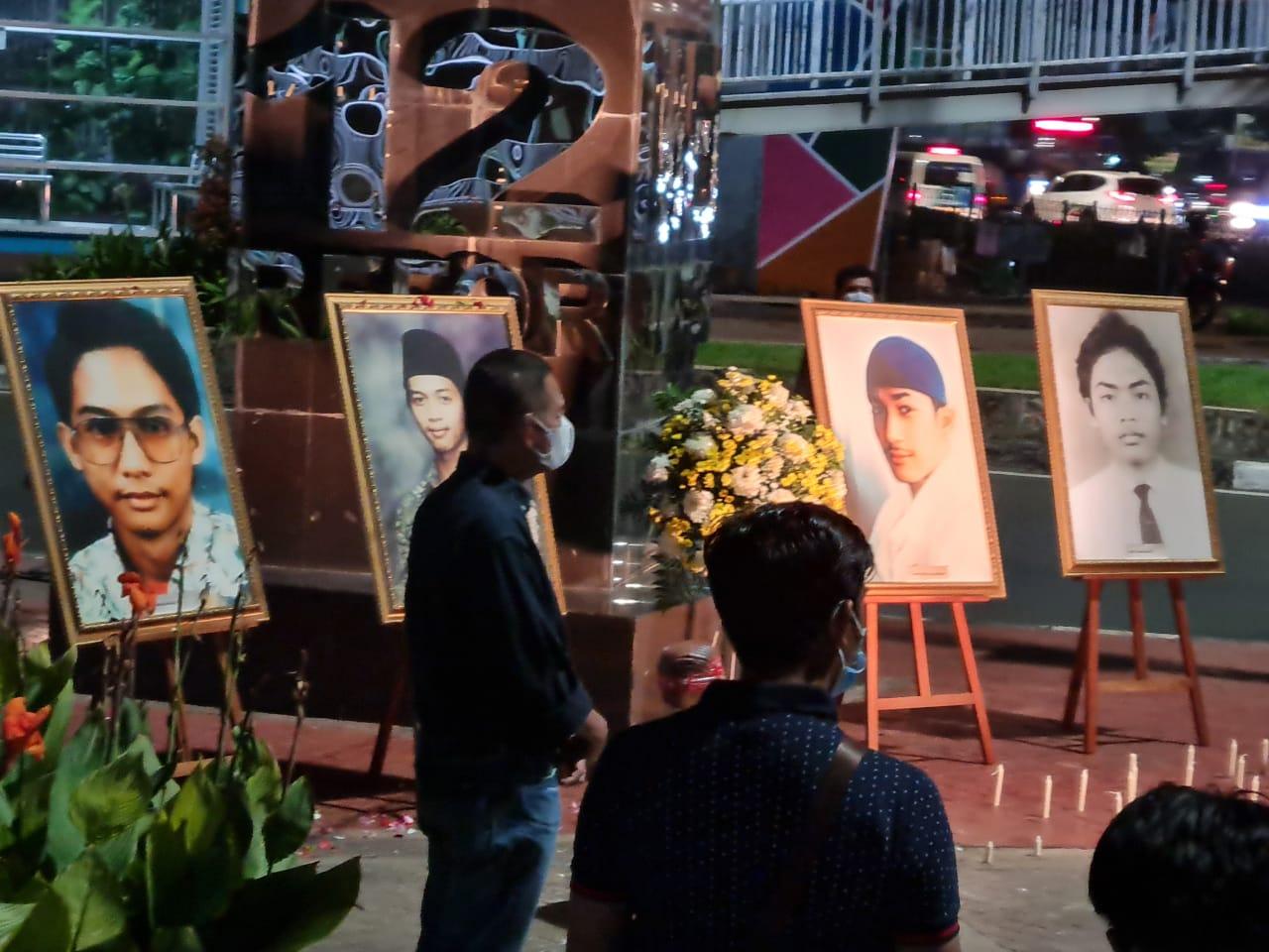 Mahasiswa Trisakti, Kenang Tragedi 1998 Dengan Khidmat dan Tetap Patuhi Prokes Ditengah Pandemi COVID19