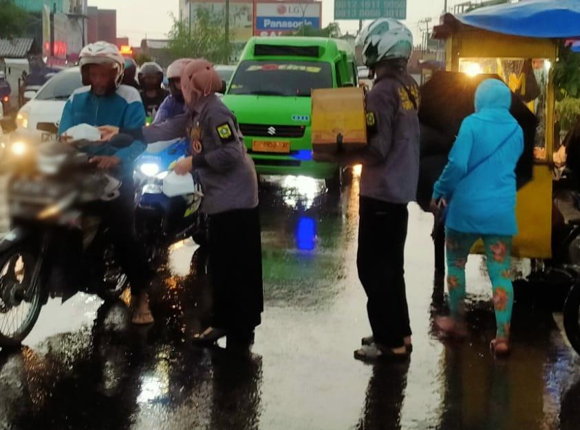 PGRI Cabang Kecamatan Cibinong Peduli & Berbagi