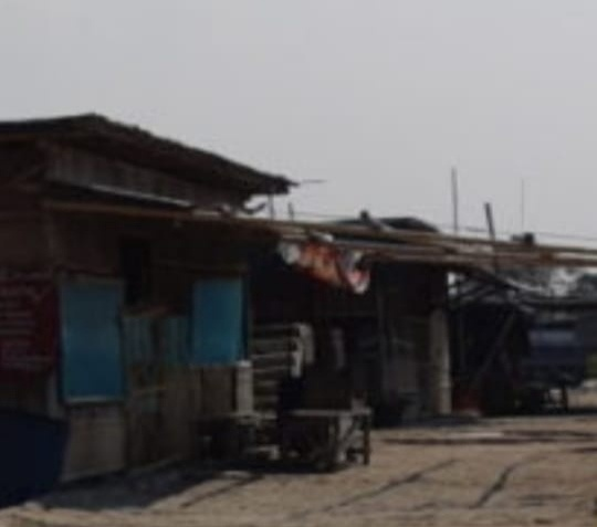 Bangunan Liar Di Pantai Marunda Cilincing Dikhawatirkan Semakin Banyak PKL