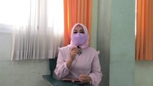 Kepala SMK Kesehatan Annisa Four Meiyanti, S. Si. M. Pd