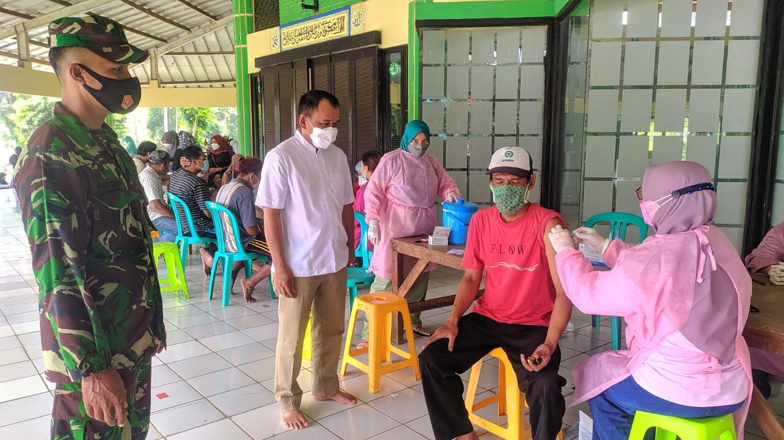 Polsek Bojong Gede, 300 Dosis Vaksinasi Masal Tahap 1 di Luncurkan Desa Waringin Jaya